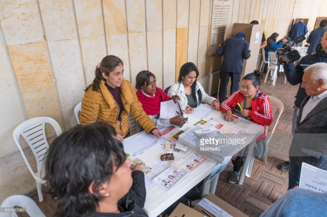 voting in Colombia BBC